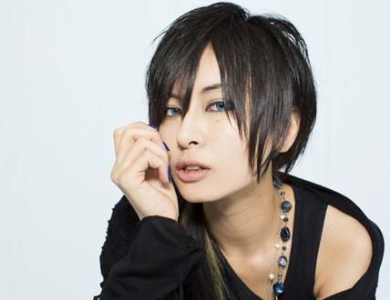 AKIRA(男装) メイク