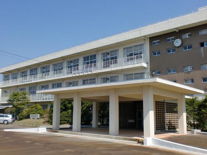 志田愛佳 高校