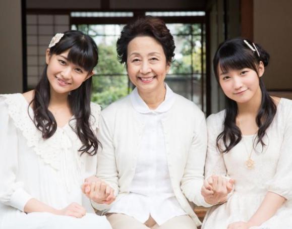 細川護熙妻 モー娘。