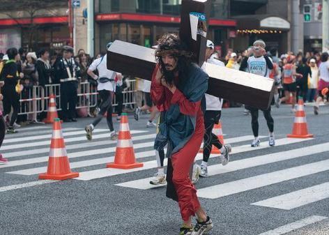 東京マラソン2017 イエス・キリスト 仮装