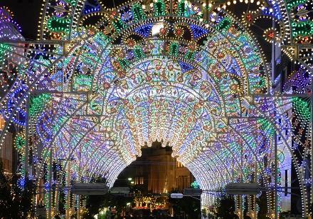 クリスマスデート 神戸ルミナリエ